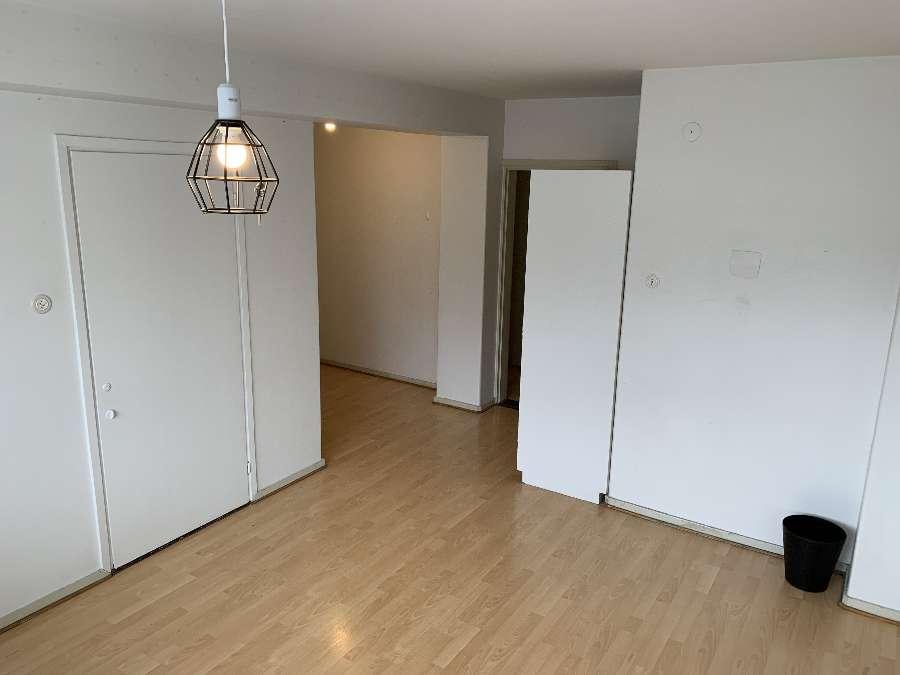 Kerrostalo 3 h + keittiö, Lahti